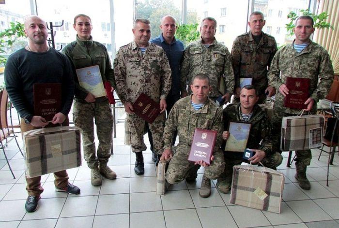 Советник председателя ОГА встретился с бойцами 95 отдельной аэромобильной бригады и добровольческого батальона / Фото oda.zt.gov.ua