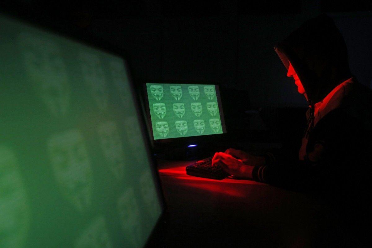 Украина используется группами хакеров как тестовая площадка / Иллюстрация REUTERS