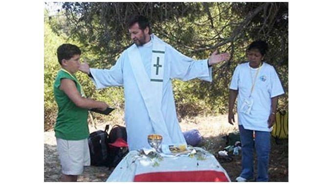 Фото: Священник Маурицио Паллу / thepeninsulaqatar.com