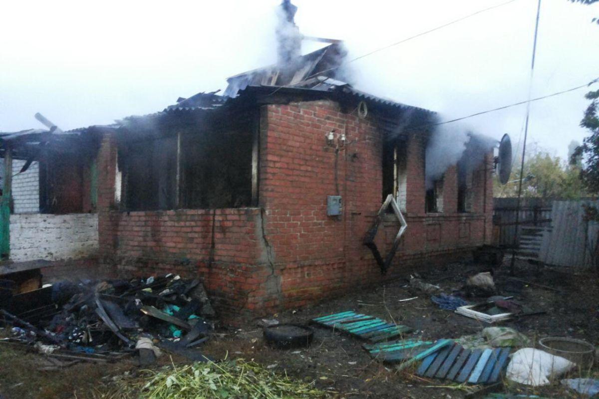 Во время тушения пожара были обнаружены тела двух человек / фото dsns.gov.ua