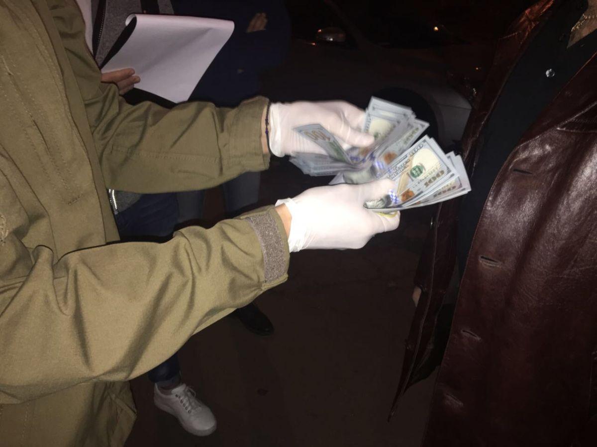 Начальник відділу Генштабу вимагав 3 тисячі доларів хабара / фото vppnr.gp.gov.ua
