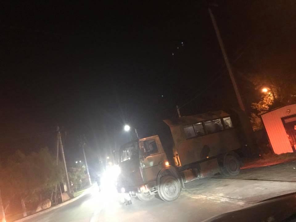 На певний час перекривали дорогу / фото facebook.com/voytsitska