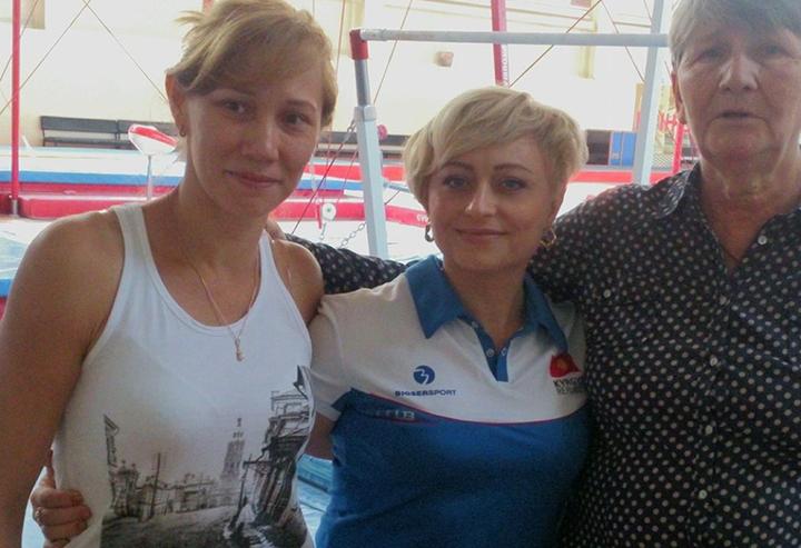 Татьяна Торопова (в центре)  / facebook.com