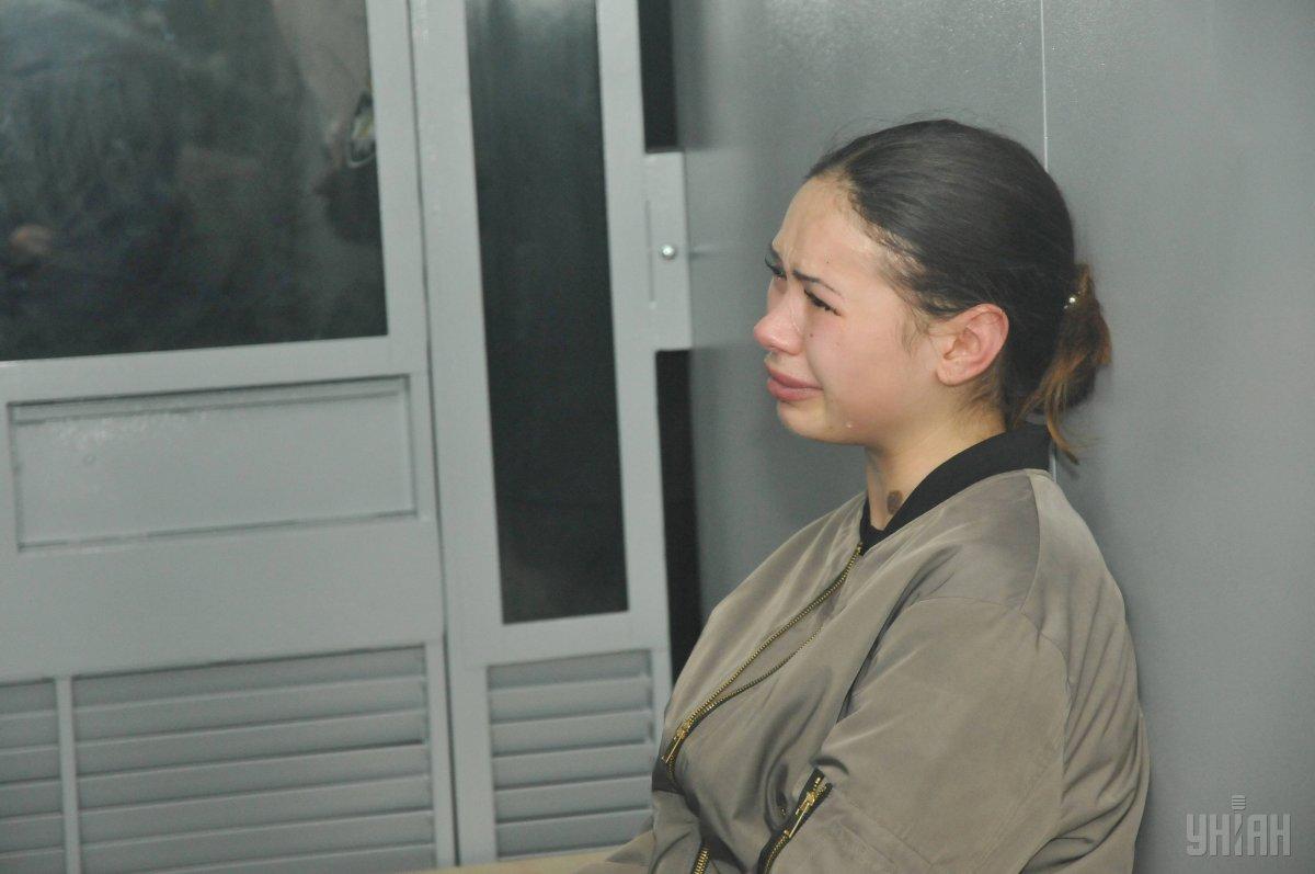 20-річну Олену Зайцеву, яка була за кермом позашляховика-вбивці, суд відправив чекати вироку в СІЗО / фото УНІАН