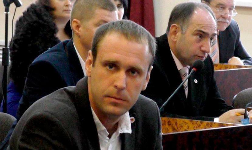 ВКонотопе совершено нападение надепутата горсовета?