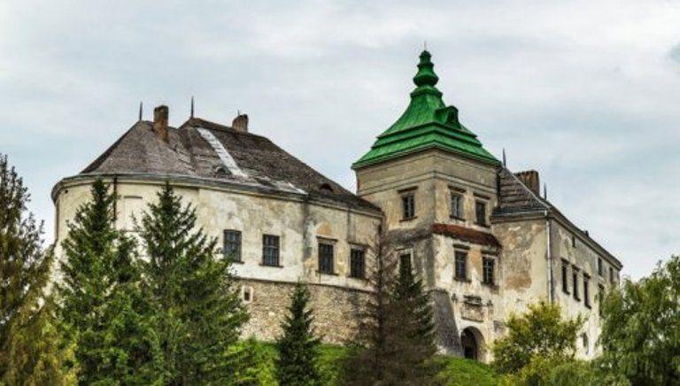 Больше всего экспонатов исчезло из фондохранилища Олеского замка / фото Uahisory