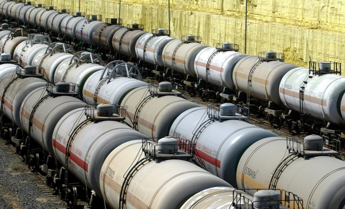 Belarus suspends export of light oil products to Ukraine