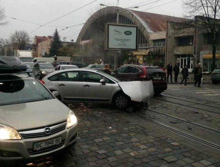 В результате столкновения никто не пострадал / фото varta1.com.ua
