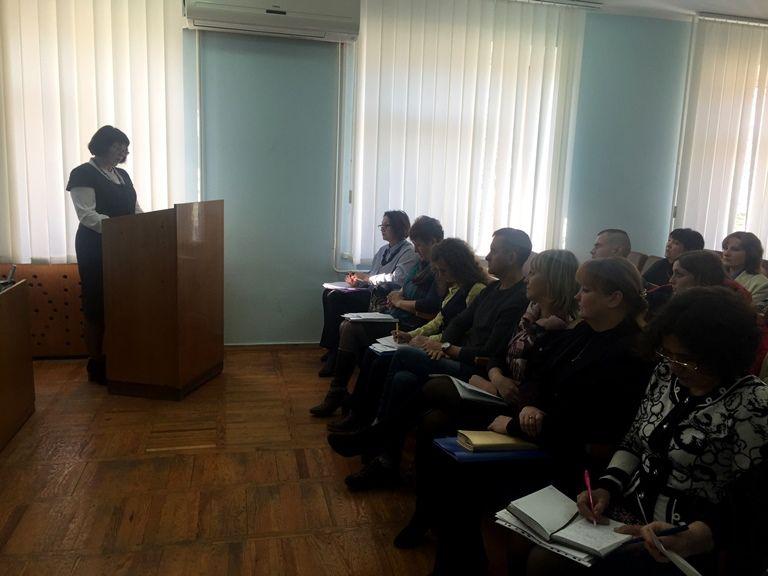 Также рассмотрели вопрос относительно предотвращения социального сиротства / фото oda.zt.gov.ua