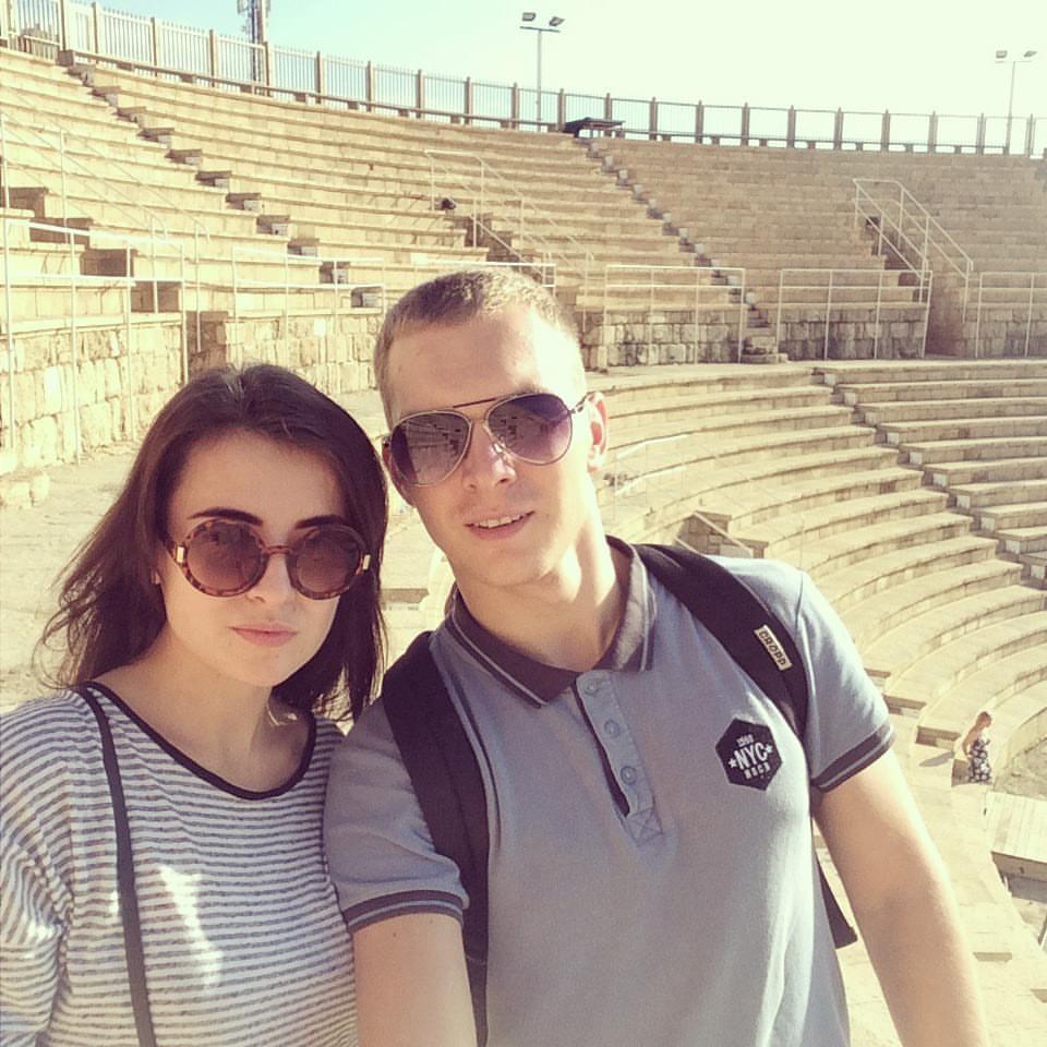 Евтеев погиб в ДТП, а его жена сейчас в больнице / фото facebook.com/alex.evteev.kh
