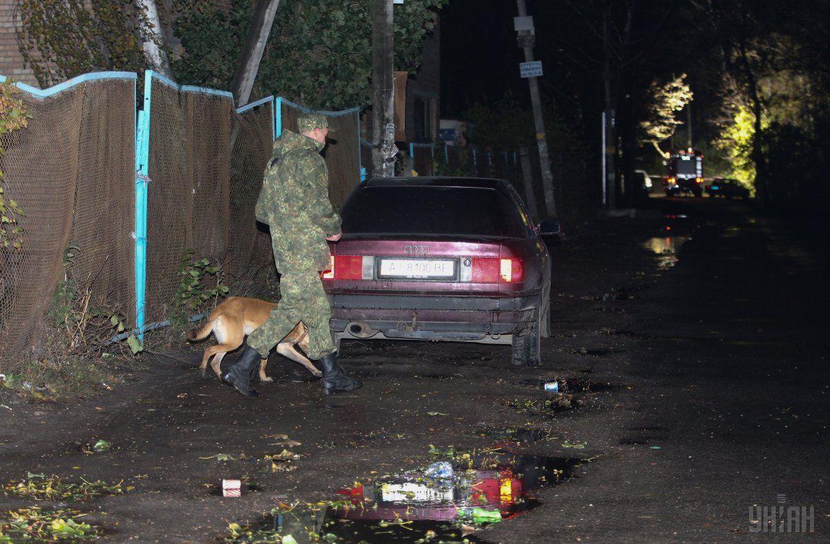 Обстрелянный автомобиль Окуевой и Осмаева / фото УНИАН