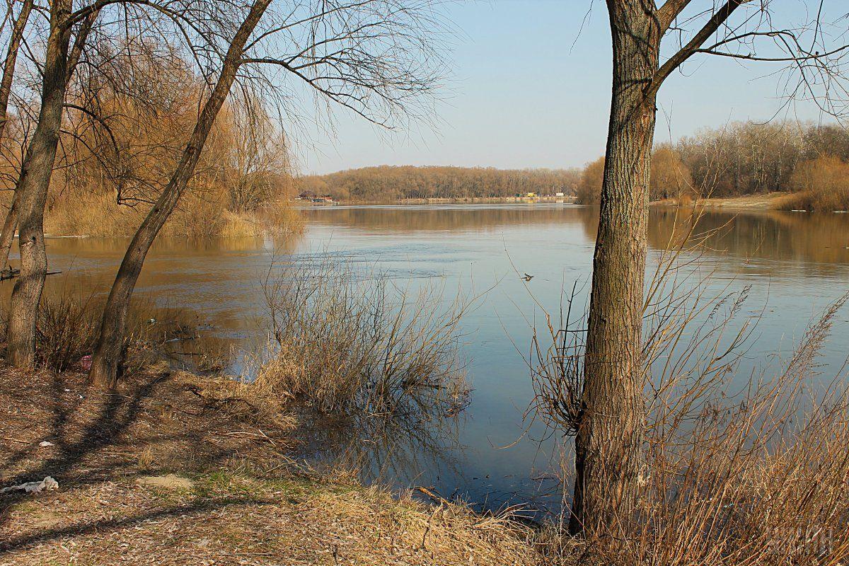 Вперше жодна із річок не вийшла на заплаву, хоча, зазвичай, цей процес розпочинається ще в середині лютого /фото УНІАН