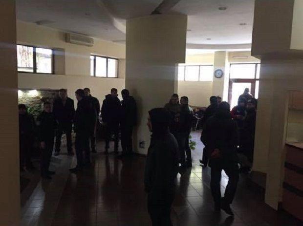 Обыски проводились по месту жительства предполагаемых фигурантов дела / фото facebook.com/grytsenko.alex