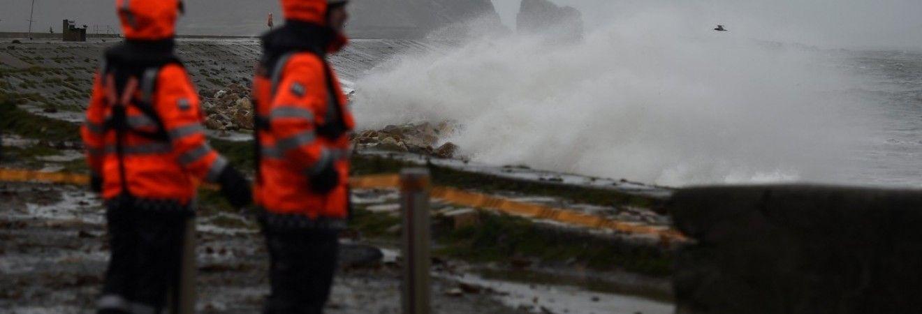 """На Британію обрушився шторм """"Браян"""" (фото, відео)"""