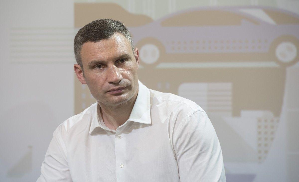 Кличко сообщил, что для полного запуска новой развязки нужно полтора года / фото kievcity.gov.ua