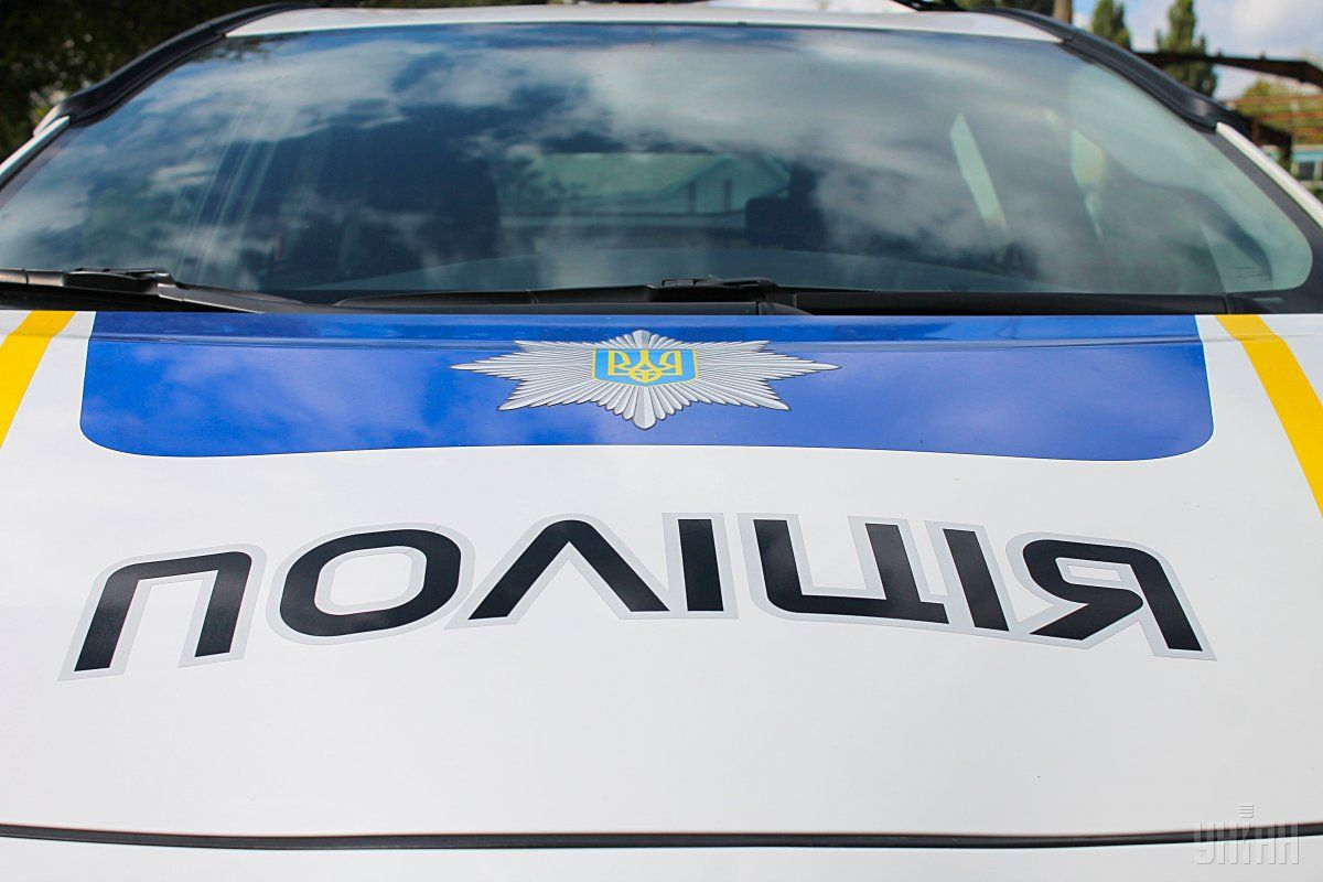 В результате стычки один из патрульных полицейских получил телесные повреждения \ фото УНИАН