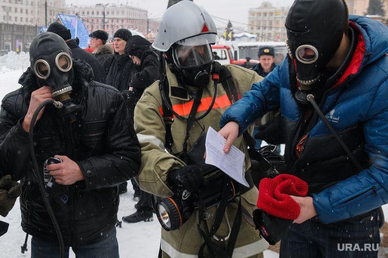 Челябинцам запретили встречать Путина в противогазах / фото ura.news