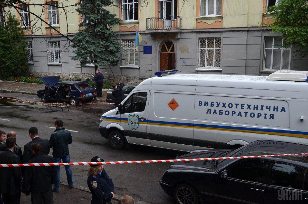 Взрывотехники подорвали найденную в центре столицы бомбу / фото УНИАН