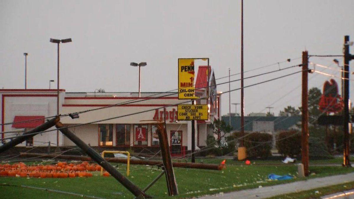 Наслідки торнадо в Огайо / twitter.com @ABC22FOX45
