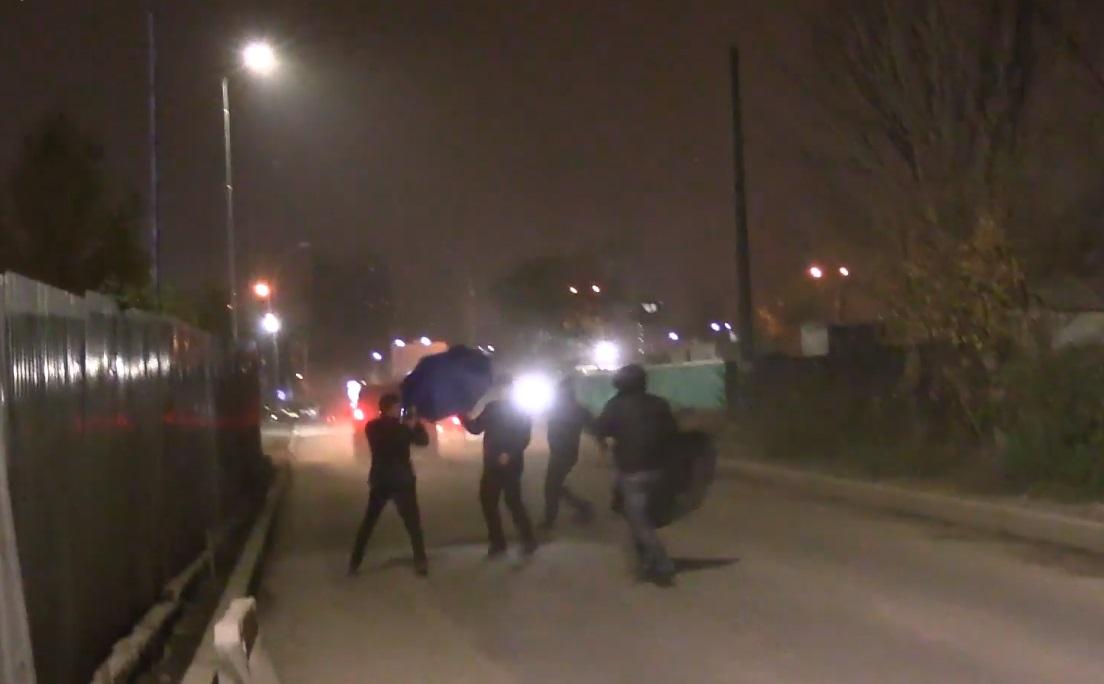 Охранники Медведчука препятствовали съемочной группе / Фото facebook.com/pg/corruption.schemes