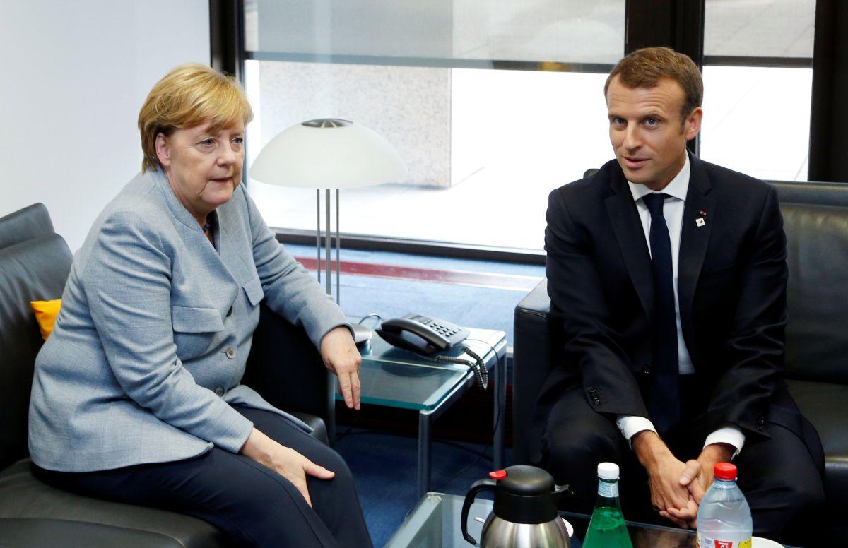 Ангела Меркель и Эммануэль Макрон  / фото REUTERS