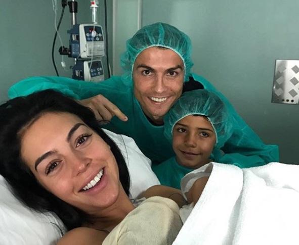 Роналду в четвертый раз стал отцом / фото instagram.com/cristiano