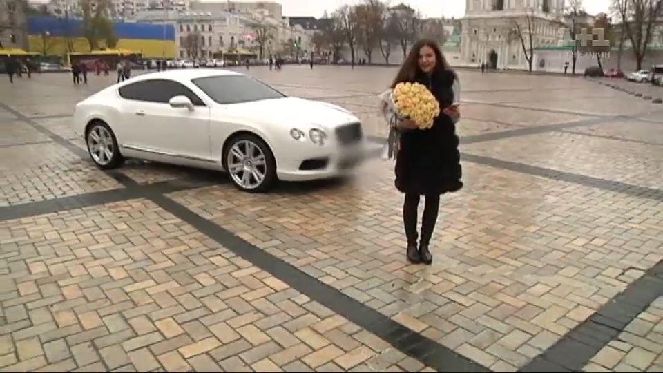 Роскошь в аренду: журналисты рассказали, как создать иллюзию богатой жизни в соцсетях