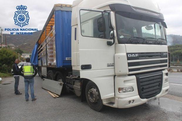 Для перевезення наркотиків наймали професійних водіїв / фото policia.es