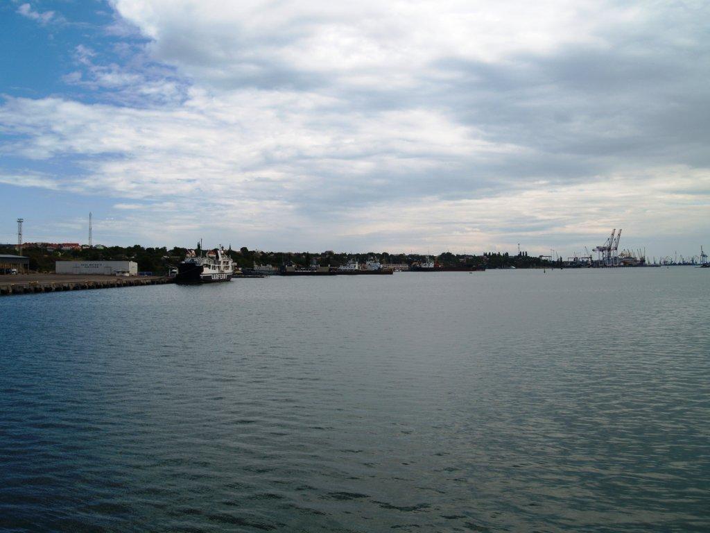 """Порт """"Чорноморськ"""" / Фото seaport.com.ua"""