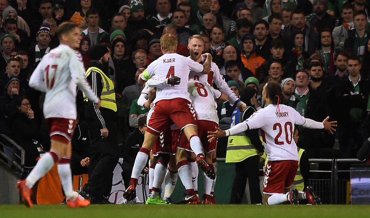 Датчане забили пять голов в ворота сборной Ирландии / Reuters