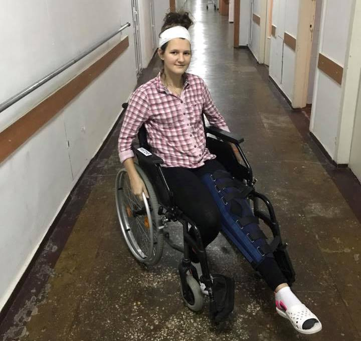 Дівчина поділилася фото після аварії / фото gx.net.ua