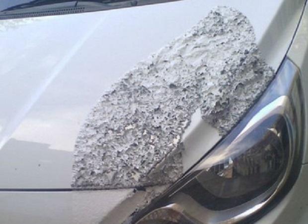 Авто російського консула пошкодили / фото dozor.kharkov.ua