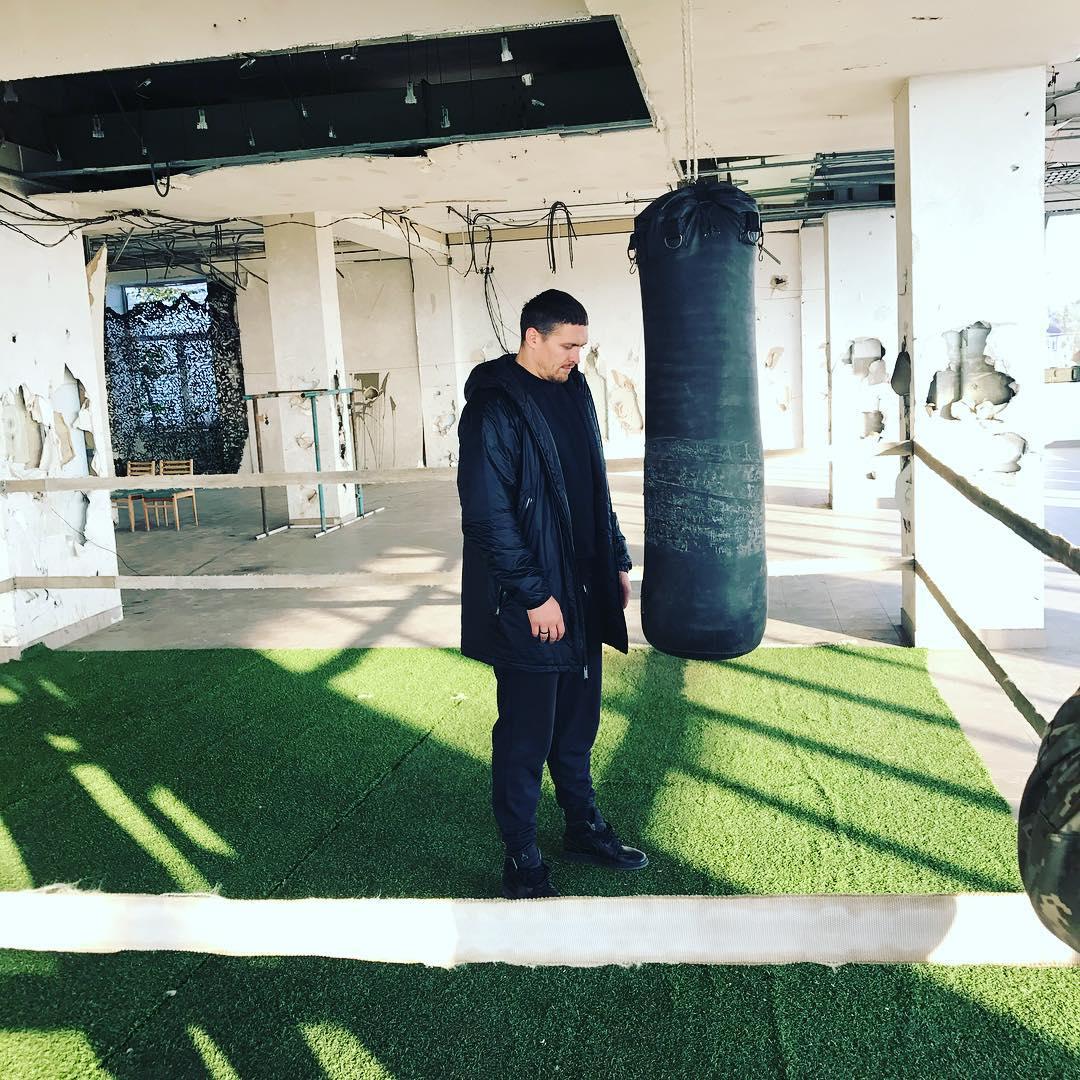 Олександр Усик побував у зоні АТО / Instagram