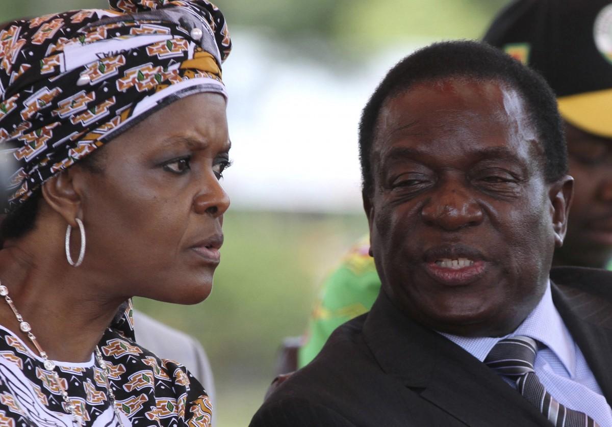 Достолиці Зімбабве стягують танки