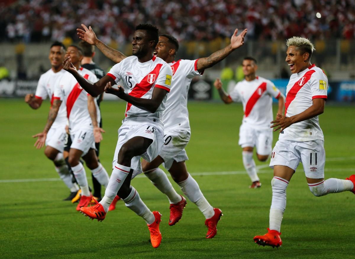 Сборная Перу сыграет на чемпионате мира в России / Reuters