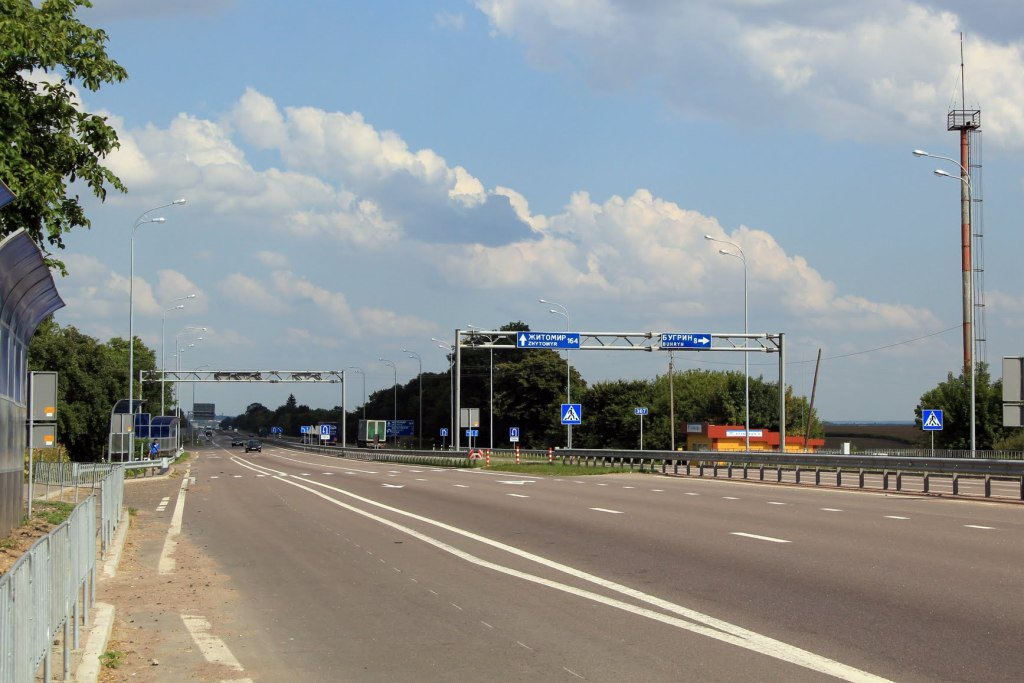 The northern bypass road will connect Ukraine's important road arteries, including the Kyiv-Chop route / autocentre.ua