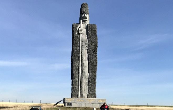Встановлений в Одеській області пам'ятник чабану внесено до Книги рекордів Гіннеса / фото guinnessworldrecords