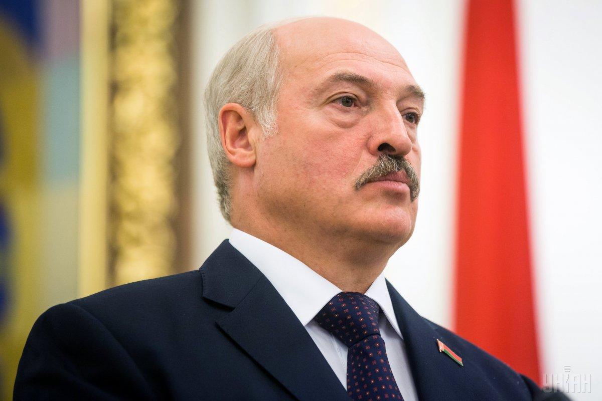 Лукашенко назвав притягнутими за вуха розмови про об'єднання з Росією / фото УНІАН