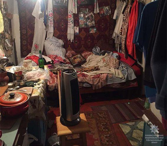 Мужчина признался в том, что он избил свою бабушку / фото npu.gov.ua