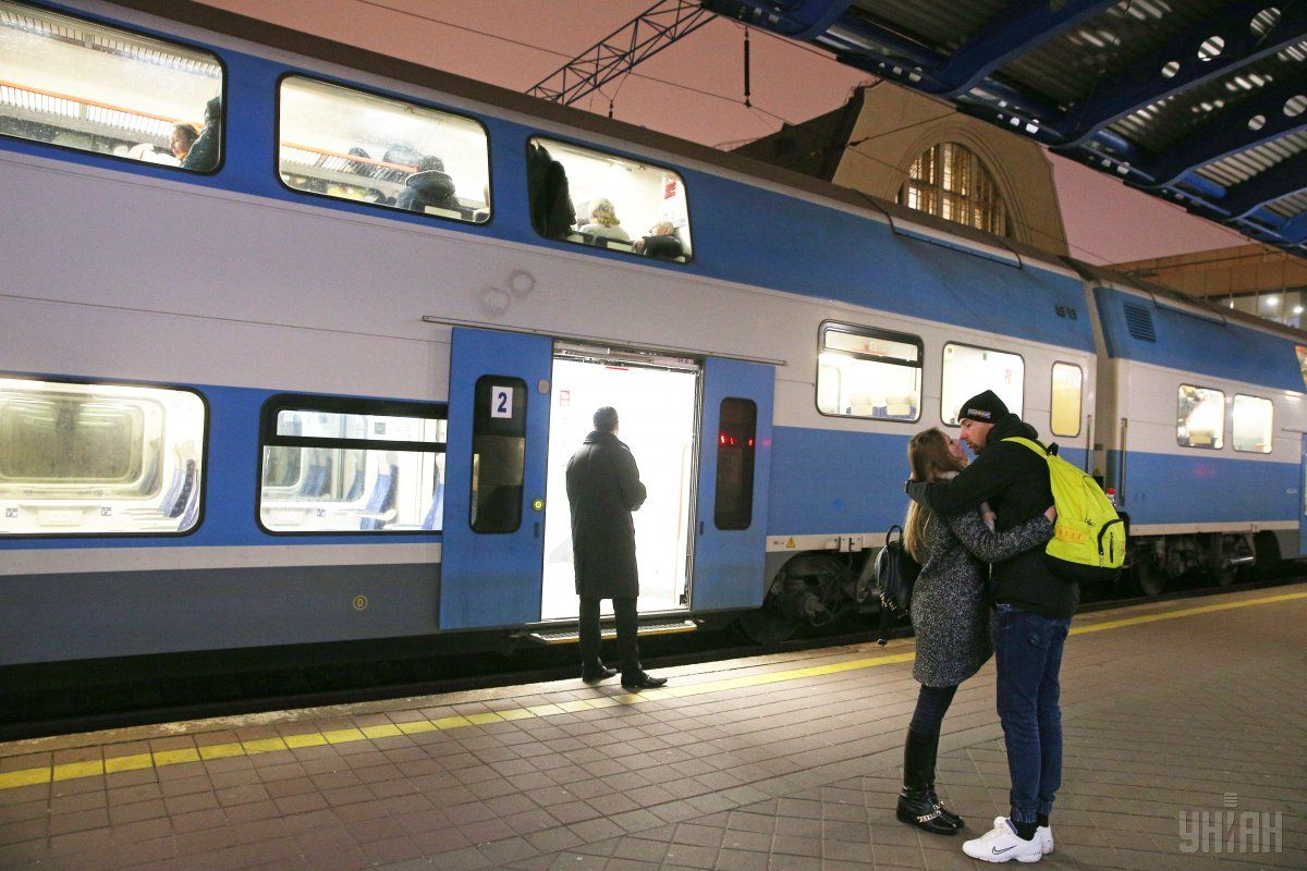 Билеты на поезда подорожают / фото УНИАН