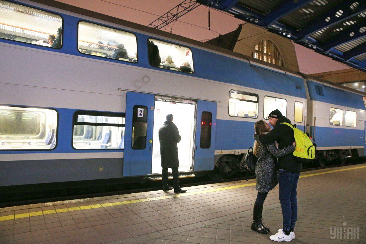 УЗ капитально отремонтирует скоростные поезда Skoda / фото УНИАН