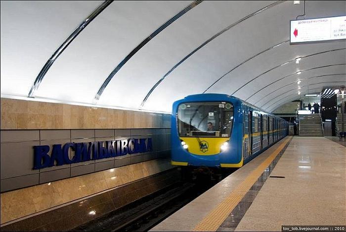 В столице метро уже работает в обычном режиме / фото tov_tob.livejournal.com