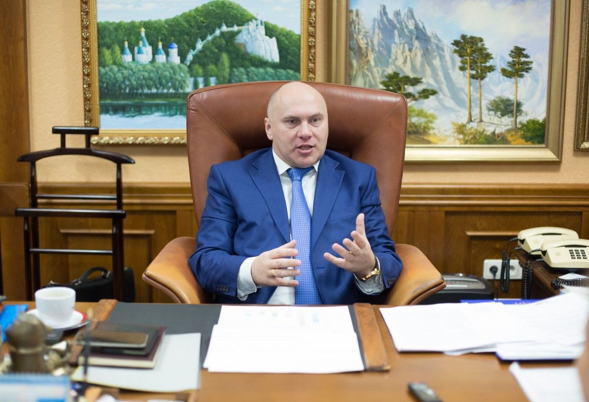 Трубаров уверен, что государство должно оставить за собой предприятия, которые обеспечивают безопасность страны / фото УНИАН