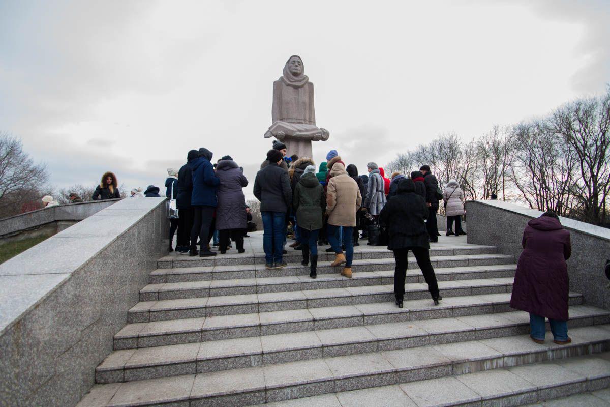 В Дніпрі вшанували пам'ять жертв Голодомору  Фото: Олександр Лаур