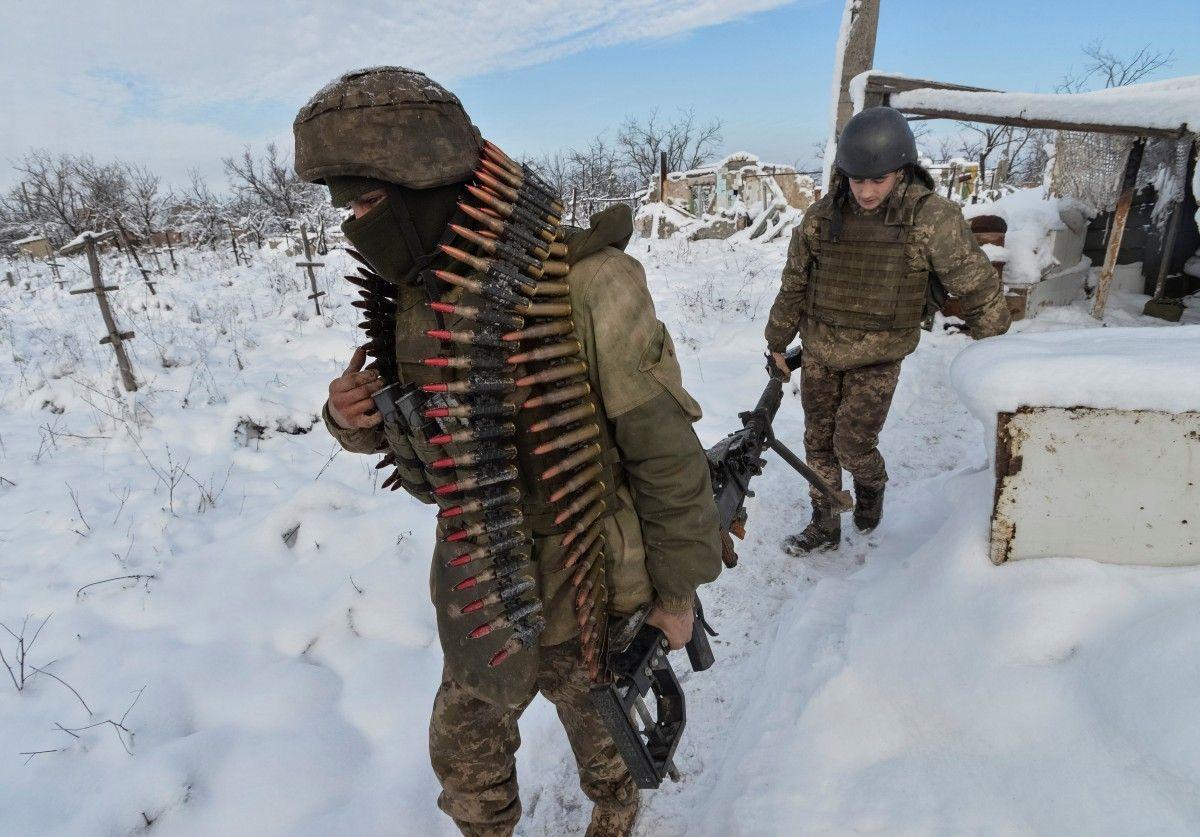 Штаб АТО: НаДонбассе погибли четверо украинских военных, очередной ранен
