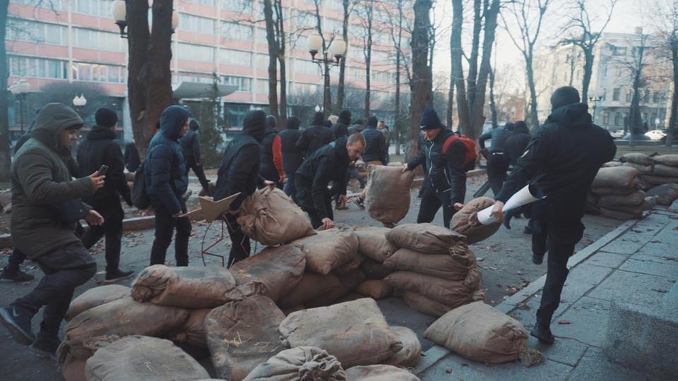 УХаркові активісти розгромили знімальний майданчик фільму про НКВС