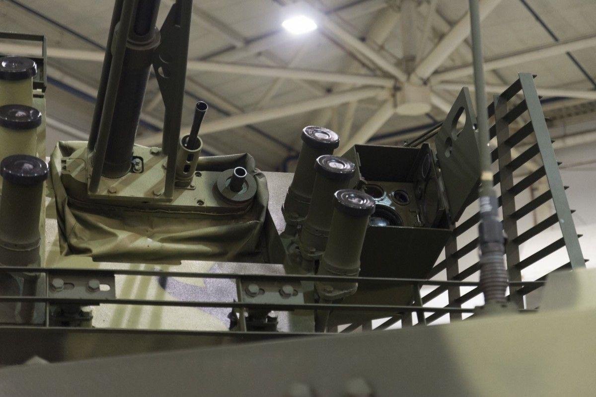 БТР-4МВ1 усилен оптико-электронным прицелом с мощным тепловизором / facebook/petroporoshenko