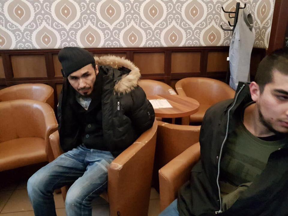 Відео розстрілів ісламістами заручників