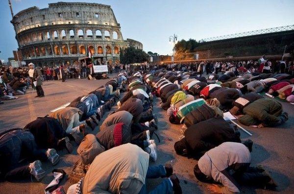 Количество мусульман в Европе может утроиться / islam-today.ru