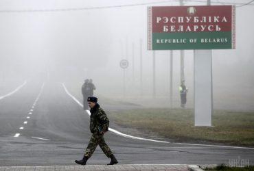 Прилетевший из Китая россиянин сообщил о симптомах смертельного вируса у его девушки из Минска